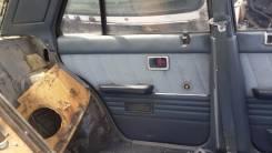 Обшивка двери. Nissan Skyline, HR31