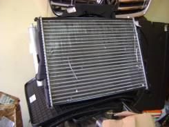 Радиатор охлаждения двигателя. BMW Compact