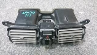 Решетка вентиляционная. Toyota Corolla Spacio, AE111, AE111N