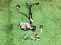 Корпус замка зажигания. Subaru Legacy, BG7, BC3, BD5, BG9, BC5, BG3, BG5, BD3, BGA, BD9, BGC, BCA, BG2, BD4, BC4, BG4, BD2, BC2, BGB Двигатели: EJ22E...