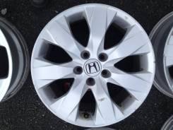 Honda. 7.5x17, 5x114.30, ET55