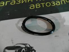 Накладка противотуманной фары левой Мазда 3 Axela Mazda BK5P