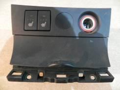 Кнопки подогрева сидений с накладкой Мазда 3 BK3P