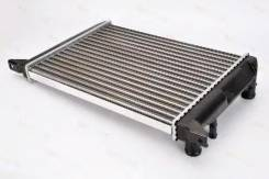 Радиатор охлаждения двигателя. Audi 80