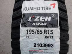 Kumho I'Zen KW22. Зимние, без шипов, 2014 год, без износа, 2 шт