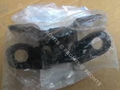 Крепление двери багажника. Toyota GX470, UZJ120 Toyota Land Cruiser Toyota Land Cruiser Prado, TRJ125, RZJ120, LJ125, KDJ125, GRJ120, KZJ120, GRJ151...
