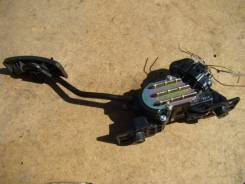 Педаль акселератора. Mitsubishi Grandis, NA4W