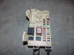 Блок предохранителей салона. Toyota Ipsum, ACM21, ACM26W, ACM26, ACM21W