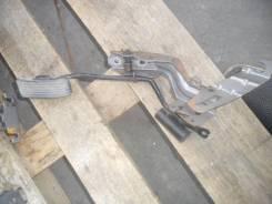 Педаль акселератора. Mitsubishi Lancer Cedia, CS2A Двигатель 4G15