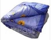 Одеяло синтепоновое 1,5 сп.140 х 205 см - 480руб. летнее.