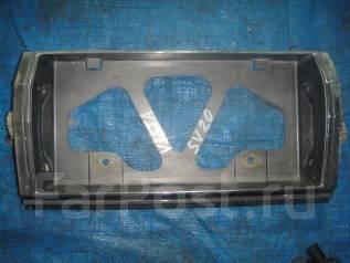 Вставка багажника. Toyota Vista, SV20