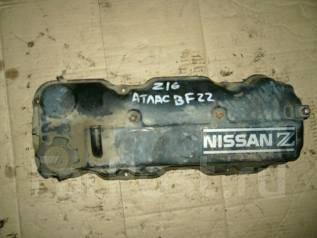 Крышка головки блока цилиндров. Nissan Atlas, BF22 Двигатель Z16S