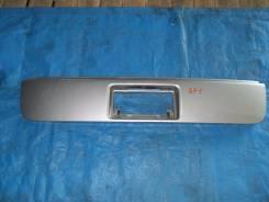 Накладка на дверь багажника. Honda Stepwgn, RF1