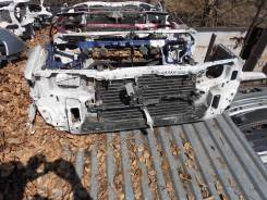 Рамка радиатора. Toyota Camry