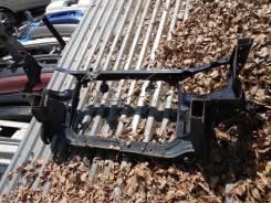 Рамка радиатора. Toyota Ipsum, SXM10, SXM10G