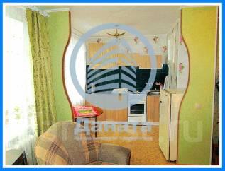 2-комнатная, улица Адмирала Кузнецова 52. 64, 71 микрорайоны, агентство, 46 кв.м.