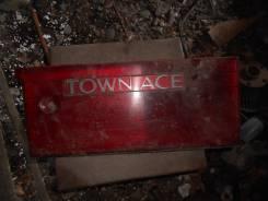 Вставка багажника. Toyota Town Ace