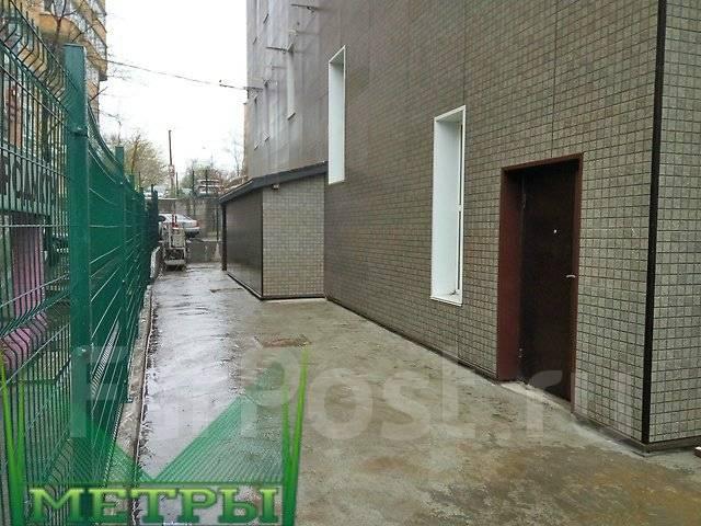 Продается 1 этаж в новом Бизнес Центре. Проспект Острякова 10, р-н Первая речка, 212кв.м.