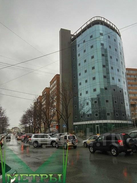 Продается 1 этаж в новом Бизнес Центре. Проспект Острякова 10, р-н Первая речка, 212кв.м. Дом снаружи