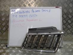 Решетка радиатора. Mitsubishi Pajero Sport Двигатели: 2, 5, COMMON, RAIL