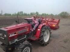 Услуги мини-трактора. Вспашу огород, земельный участок (плуг, фреза).