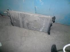 Радиатор охлаждения двигателя. Volkswagen Polo