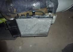Радиатор охлаждения двигателя. Nissan Cube Двигатель HR15DE