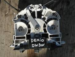 Блок управления климат-контролем. Mazda Demio, DW3W, DW5W Ford Festiva, DW3WF, DW5WF