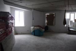 Продается нежилое помещение 118 кв. м. по ул. Комарова,45 в самом центре. Улица Прапорщика Комарова 45, р-н Центр, 118 кв.м. Интерьер