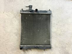 Радиатор охлаждения двигателя. Nissan March, K11