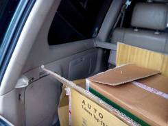 Обшивка багажника. Toyota Land Cruiser, HDJ100 Двигатели: 2UZFE, 1HDFTE