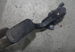 Педаль акселератора. Lexus RX300