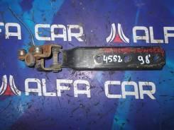 Ролик сдвижной двери Nissan Caravan VWME24