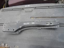 Крепление балки подвески. Toyota Corolla Fielder, NZE144 Двигатель 1NZFE