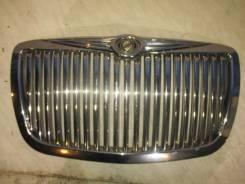 Решетка радиатора Chrysler 300C 2004-2010
