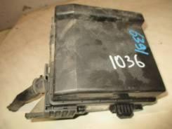 Блок предохранителей под капотом 2.4 1997-2003 Mitsubishi Galant