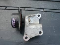 Опора. Mitsubishi Colt, Z25A Двигатель 4G19