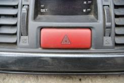 Кнопка включения аварийной сигнализации. Mitsubishi Lancer Cedia, CT9W, CS2A, CS5A, CS6A, CT9A, CS2W, CS2V, CS5W Mitsubishi Bravo, U42V Mitsubishi Lan...