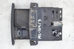 Пепельница. Mercedes-Benz ML-Class, W164 Двигатель M113