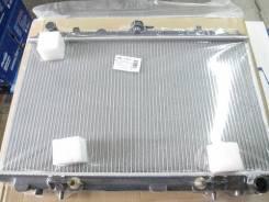 Радиатор охлаждения двигателя. Nissan Fuga, A32 Nissan Cefiro, PA32, A32, HA32 Двигатели: VQ25DE, VQ20DE, VQ30DE