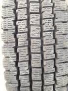 Bridgestone Blizzak Revo 969. Зимние, без шипов, 2012 год, износ: 5%, 2 шт