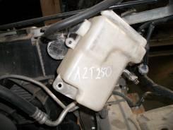 Расширительный бачок. Toyota Avensis, AZT250