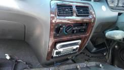 Консоль панели приборов. Toyota Lite Ace Noah, CR40, CR51, CR50, SR50, SR40, CR40G, CR50G, KR41, KR52, SR50G, SR40G, KR42, CR42, CR41, CR52 Toyota Tow...