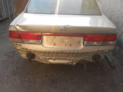 Задняя часть автомобиля. Nissan Sunny, FNB15