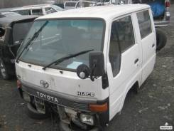 Половина кузова. Toyota Hiace