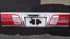 Накладка на дверь багажника. Toyota Grand Hiace, KCH16W, VCH10W, KCH16, VCH10