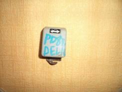 Ручка открывания капота. Mitsubishi Delica, PD8W, PE8W