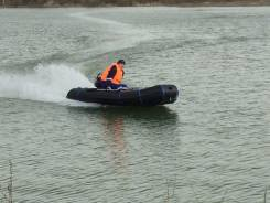 Не убиваемая лодка из полиэтилена. Год: 2016 год, длина 3,60м., двигатель подвесной, 10,00л.с., бензин. Под заказ