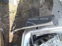 Накладка на стойку. Toyota Funcargo, NCP25