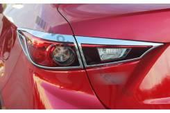 Накладка на фару. Mazda Axela